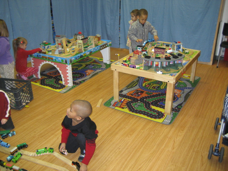 Play on tables and build the biggest train layouts! & TRAIN PARTY